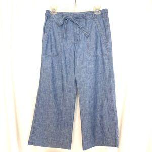 Gap wide leg blue chambray cropped pants size 4